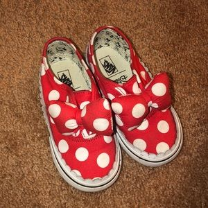 DIsney x VANS Minnie Bow Sneakers (size 8)